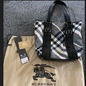 Auth BURBERRY Victoria Beat Check Tote Handbag